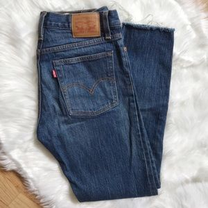 Levi's • Classic Tint Wedgie Icon Blue Denim Jeans